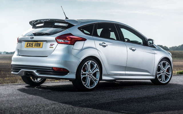 Ford Focus ST Montune - traseira