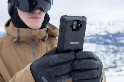 Dogee S90 military smartphone