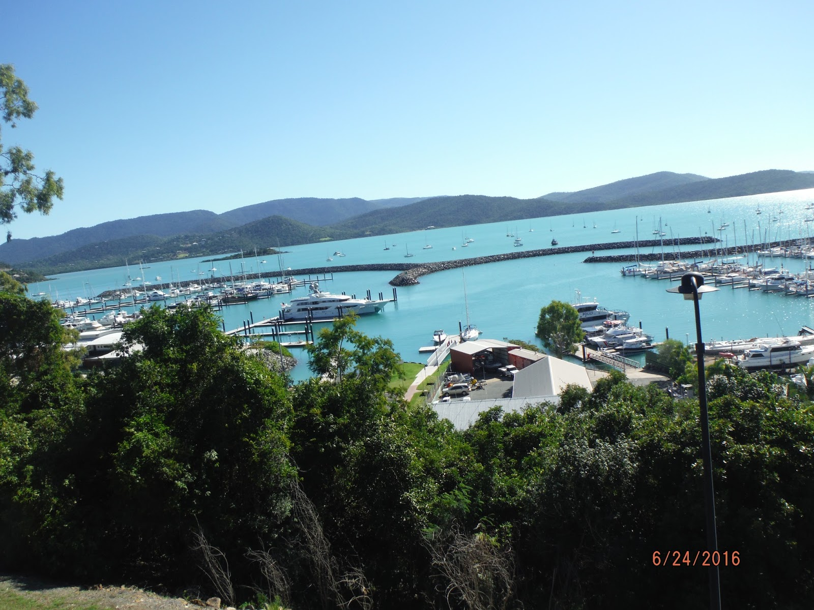 A And B Glass Airlie Beach