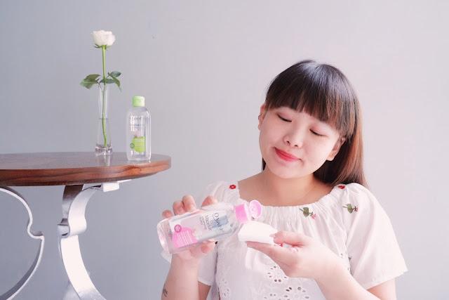 membersihkan wajah dengan ovale micellar water