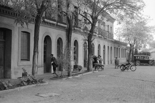 Fachada de la antigua estación de Ciudad Real, Fotografía de Juan Bautista Cabrera. Archivo Euskotren/Museo Vasco del Ferrocarril