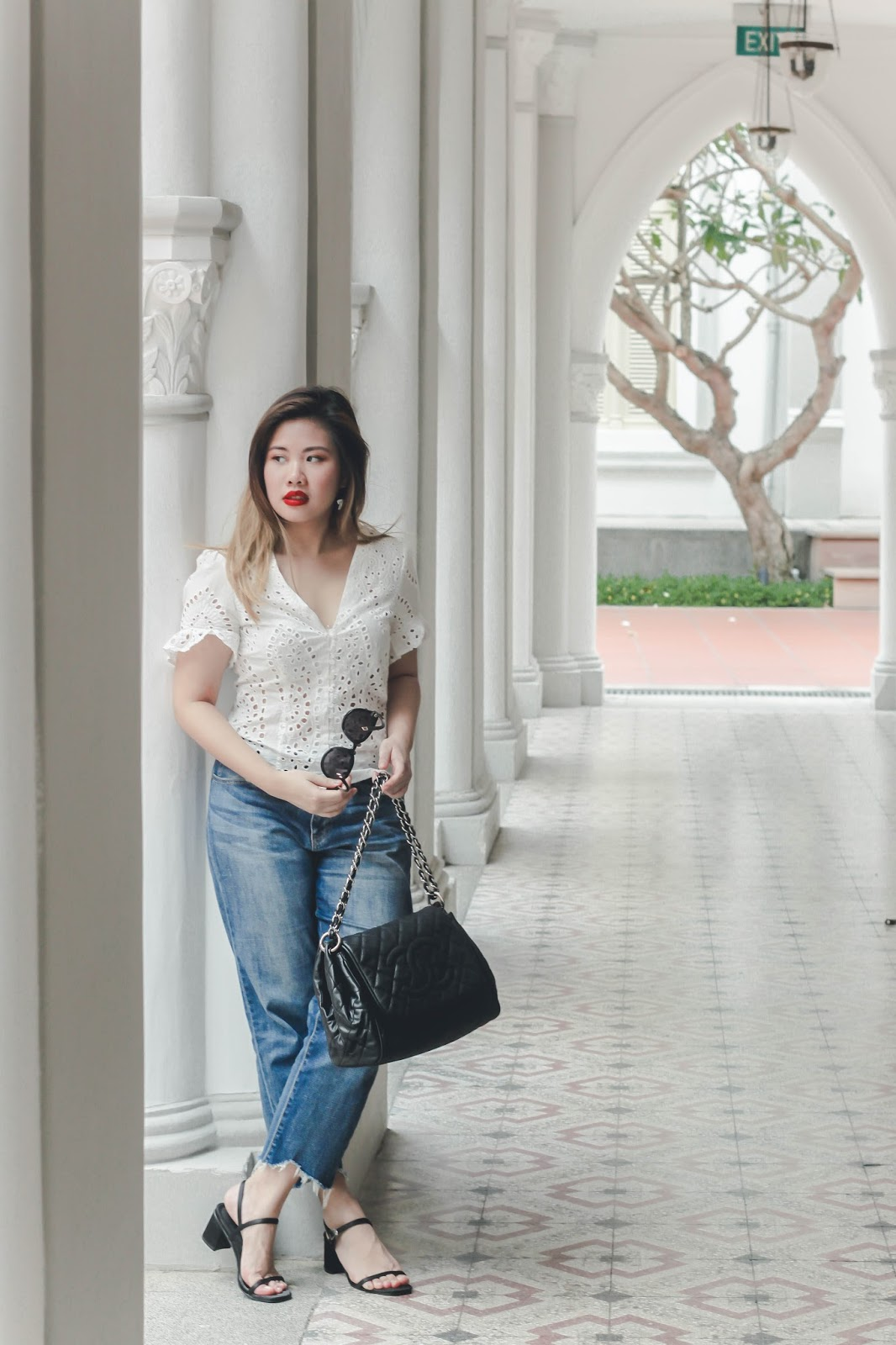 singapore blogger stylist photographer look book fashion street style white red lipstick chanel how to style what to wear