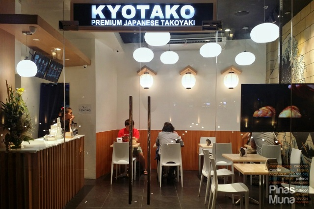 Kyotako at Venice Grand Canal Mall, McKinley Hill