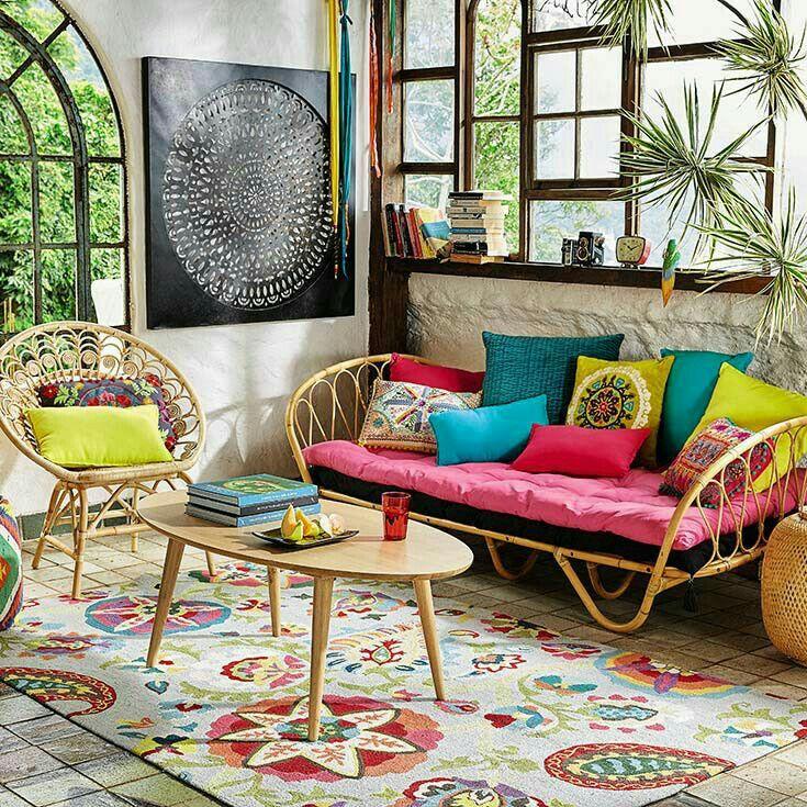 10 formas de veranizar tu casa con guiños tropicales; salón estilo tropical