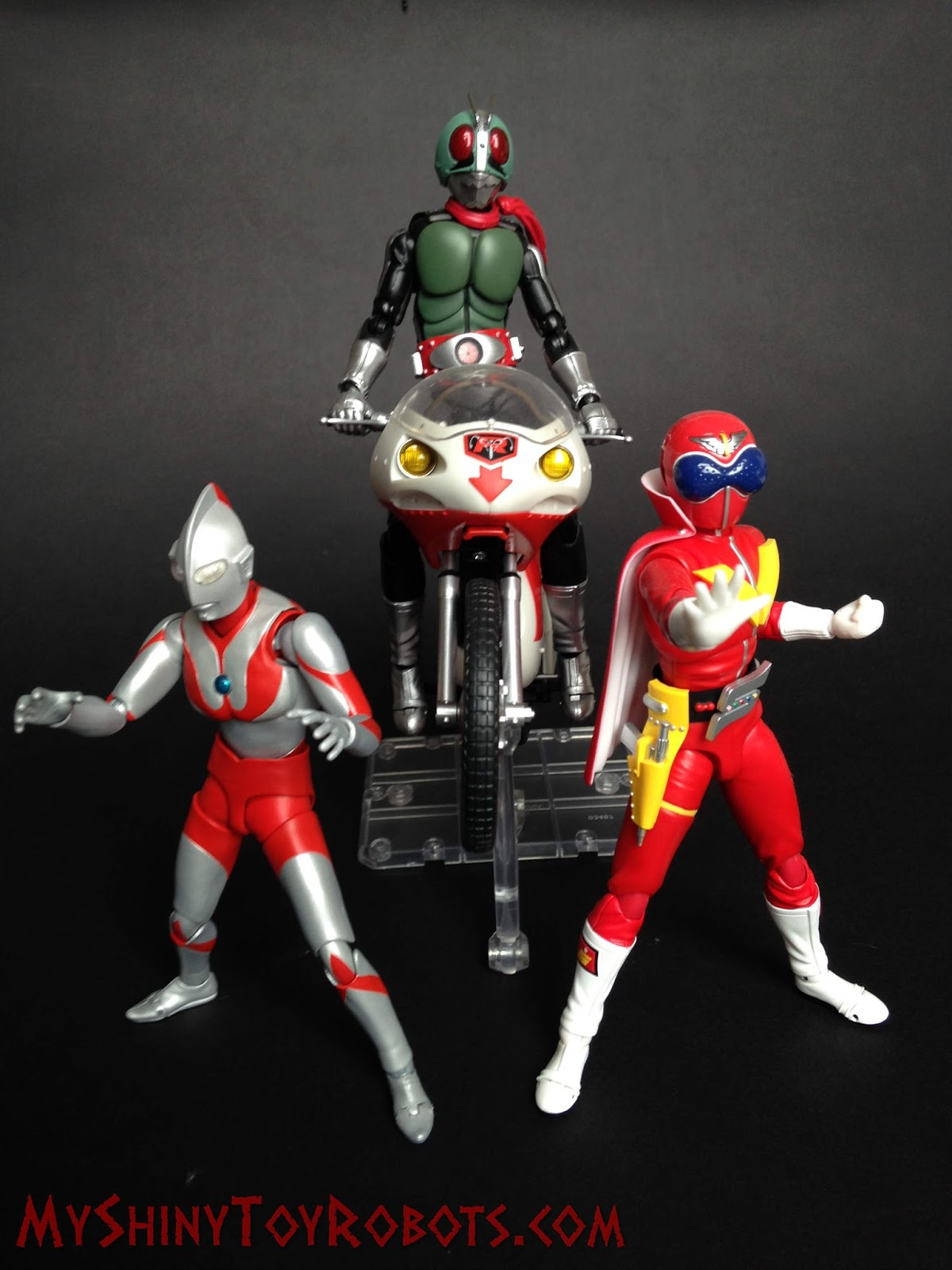 My Shiny Toy Robots: Toybox REVIEW: S.H. Figuarts Ultraman