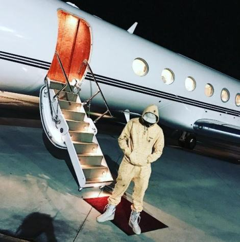 Chris Brown is on his way to Kenya