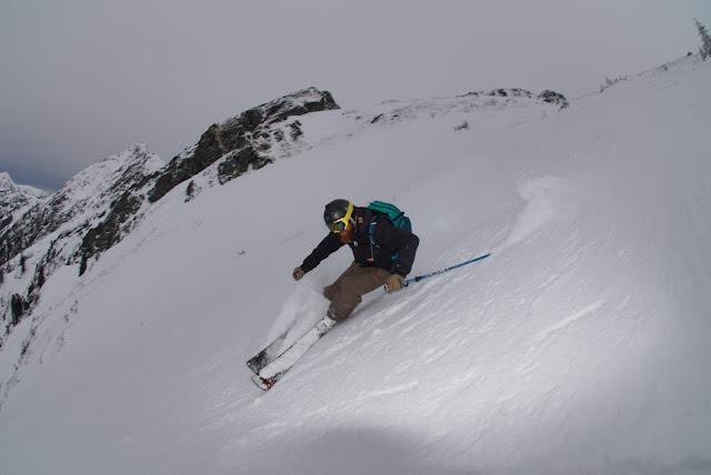 Richtige Technik beim Alpinen Skifahren