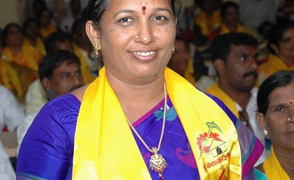 Anuradha Katari Chittoor mayor Shot dead, husband mohan katari critical stage