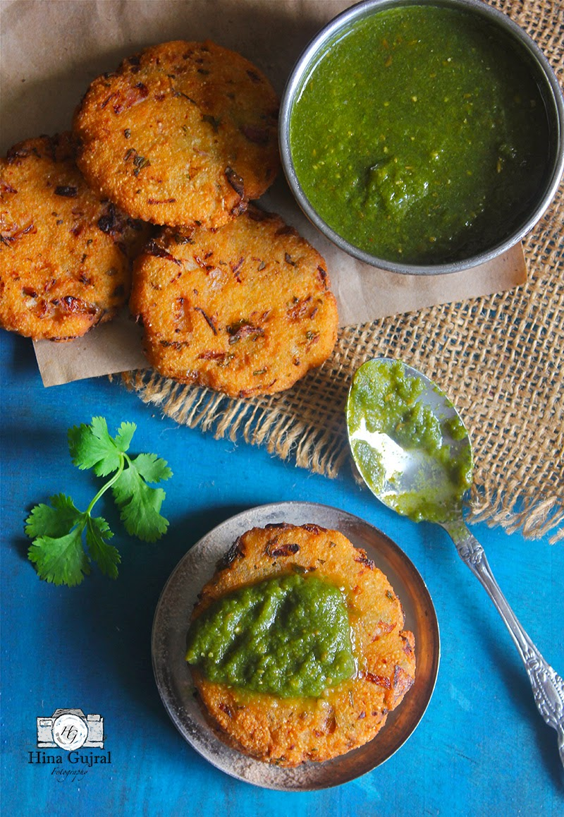fried savory fritters made amongst the combination of dissimilar flours Maddur Vada (Deep Fried Savoury Fritters)