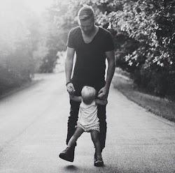 Inspirasi Seorang Kakek dan Cucu