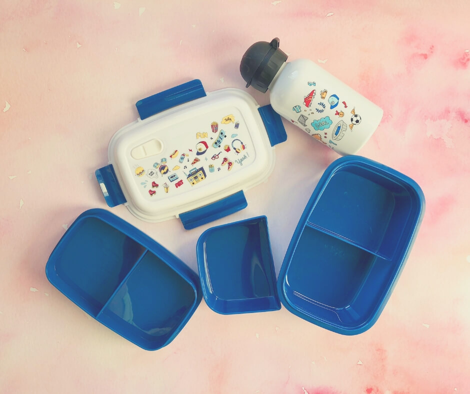 Ways To Make Sure Your Kids Eat Their Packed Lunch | Give them a new, fun lunchbox like this one from Petit Fernand.