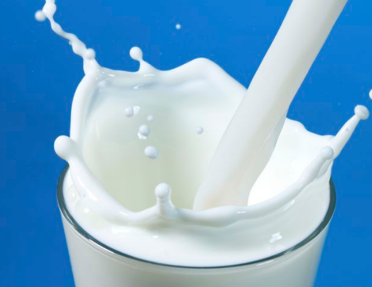 गर्म दूध का उपयोग