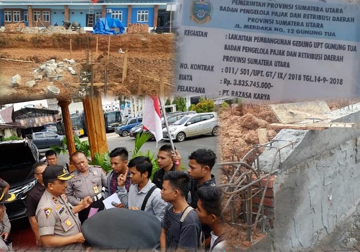 Waka Polres Tapsel, Kompol Jumanto SH memberikan memberikan penjelasan usai menerima pernyataan sikap mahasiswa.