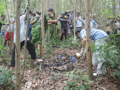 Quảng Ngãi Hai ông cháu hoảng hồn phát hiện xác chết trơ xương giữa rừng