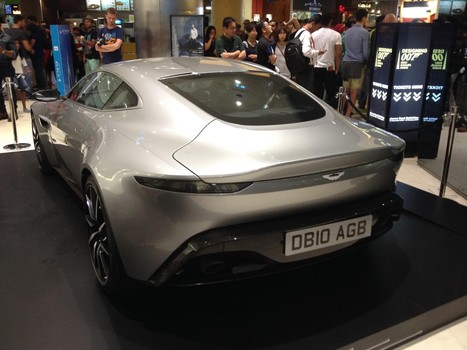 Aston Martin DB10 AGB tył