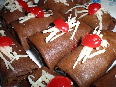 Resep Dadar Gulung Coklat Isi Vla Vanila