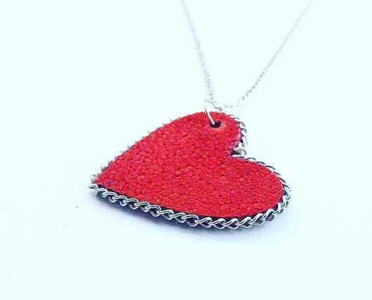 heart leather necklace, red leather neckalce, women's leather neckalce, uniqueleatherdesign