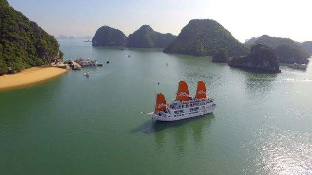 "Halong Bay is very beautiful in ""Youth"" film 2"