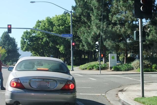 crossroads 交差点