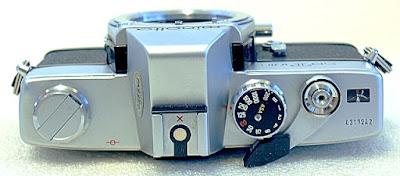 Minolta SRT-101b, Top