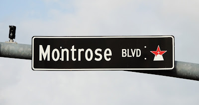Montrose Blvd signage at West Alabama / Univ. of St. Thomas