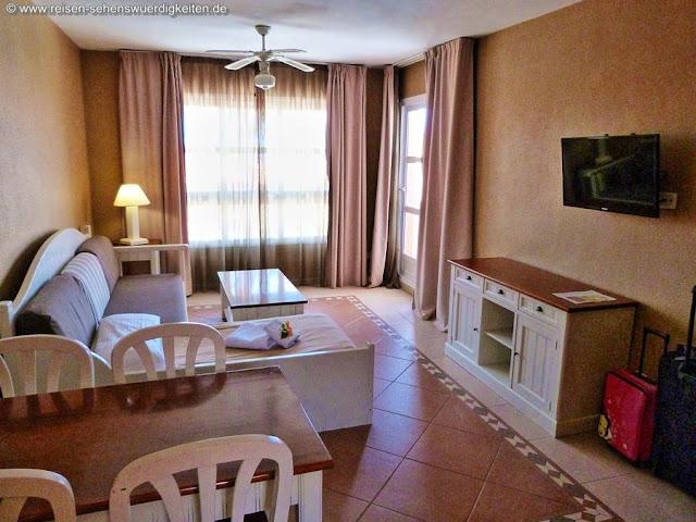 Wohnbereich Aparthotel El Duque Teneriffa Costa Adeje