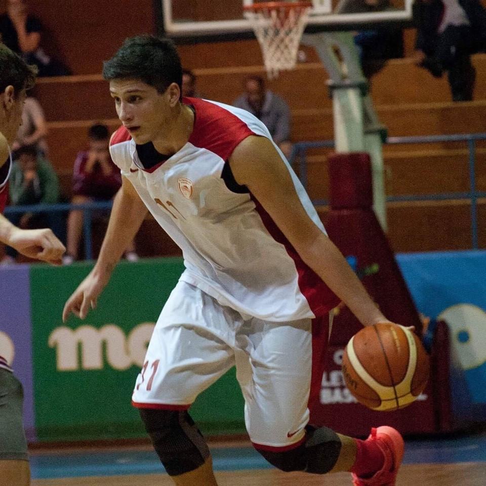 ΤΕΛΙΚΟΣ ΕΦΗΒΩΝ PLAY OFF : Μεγάλη νίκη του Ολυμπιακού στην Βούλα 61-59 σε διαφήμιση του μπάσκετ (1-0)
