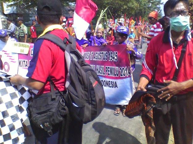 Foto SDN Tanggir waktu start pada karnaval kecamatan singgahan tuban
