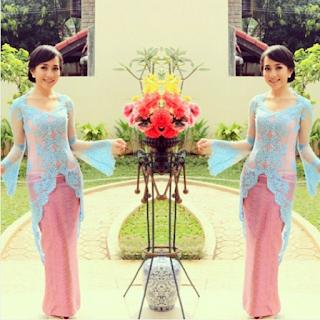 Baju Kebaya Brokat Simple