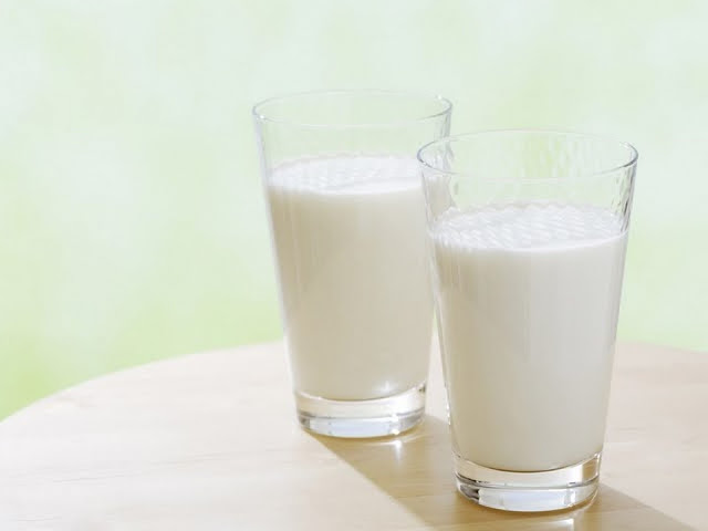 Kandungan Gizi dan Manfaat Susu Sapi