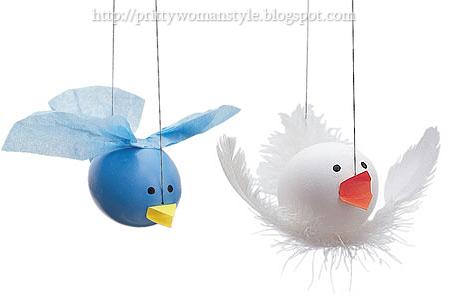 великденски яйца - птичето на Туитър и бяло гълъбче