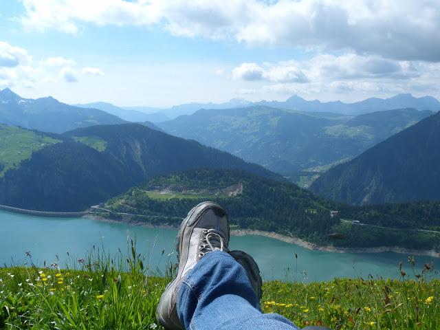randonnée - passion - montagne - lac - barrage