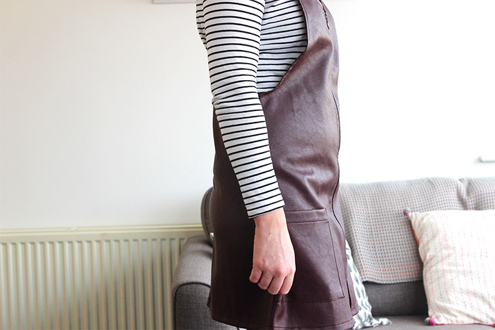 pirimark wine pinafore dress