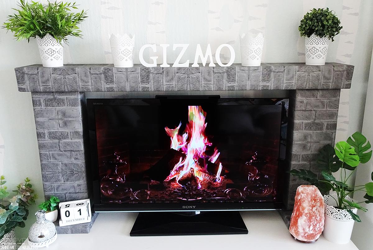 anne mette h jbjerg giz sk nheds og livsstils blog blogxmas diy hyggelig tv kamin. Black Bedroom Furniture Sets. Home Design Ideas