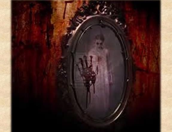 Bersatulah - 10 Hantu Paling Menyeramkan di Dunia (Bloody Mary)
