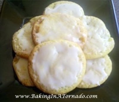 Lemon Drop Cookies | www.BakingInATornado.com | #recipe