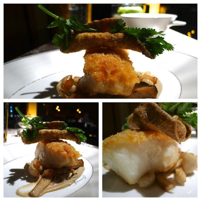 Hungry hoss sra bua by kiin kiin lunch bangkok for Panko fried fish
