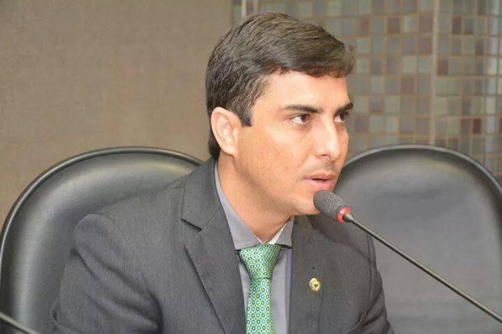Amargosa: Deputado afirma que vai recorrer ao MP-BA contra abate de jumentos