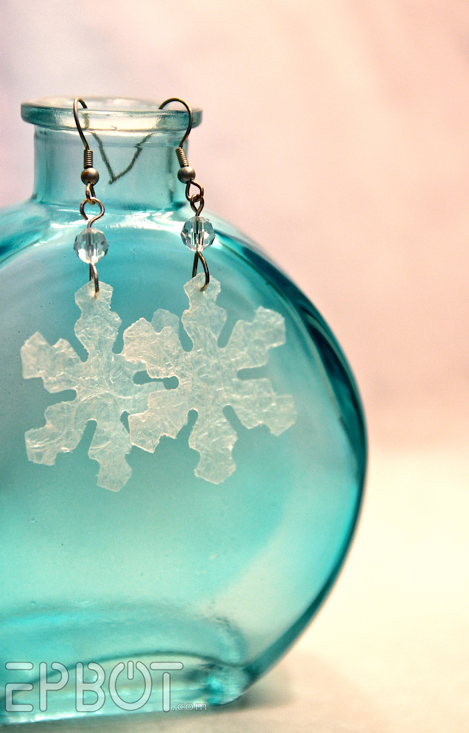 f2e33ef14c6f6 EPBOT: Icy Earrings From... Bubble Wrap?!