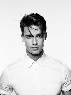 Patrick Schwarzenegger age, girlfriend, nephew, dating, body, movies, and arnold, and miley, celebrity apprentice, instagram, wiki, biography