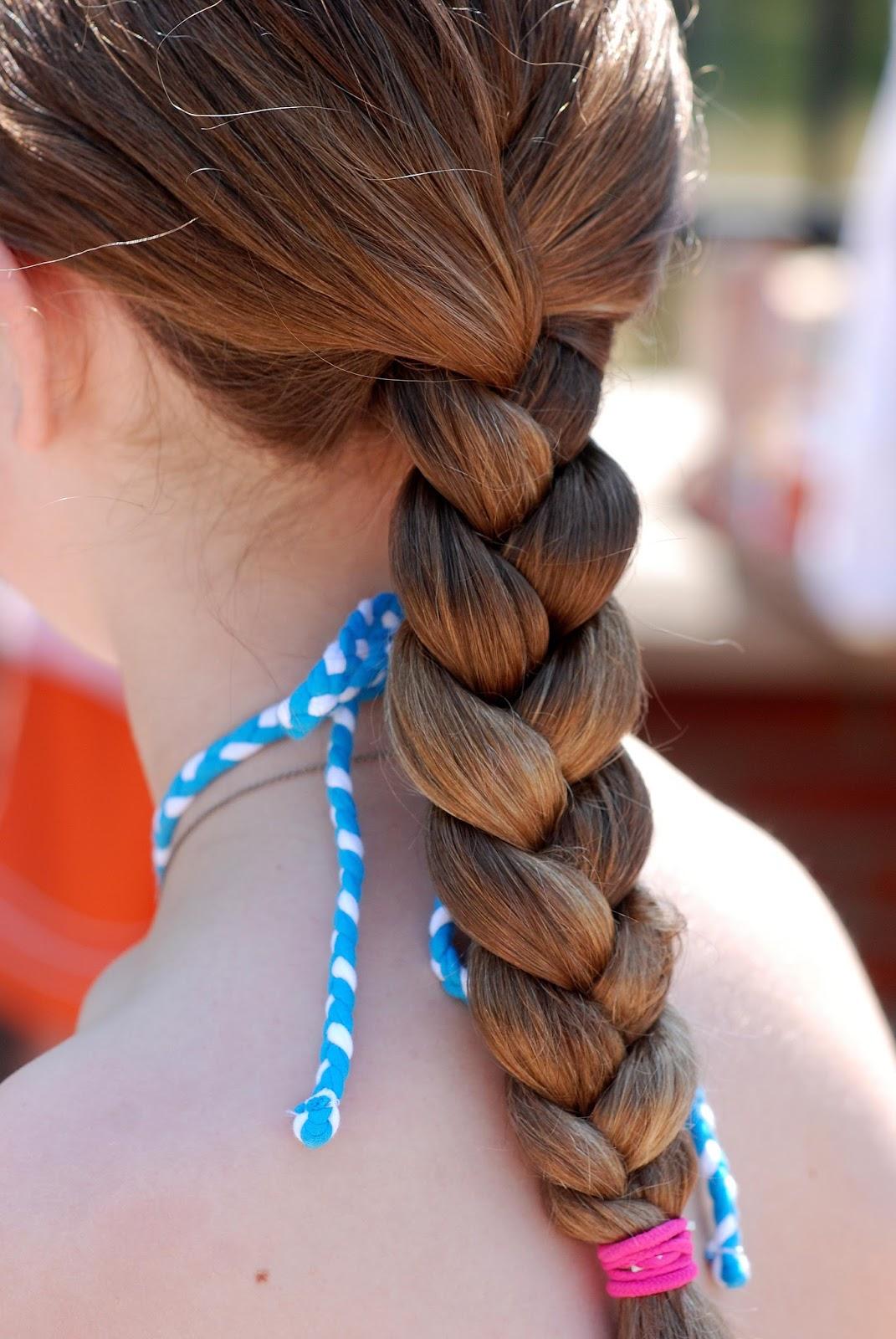 Sognare capelli lunghi e colorati