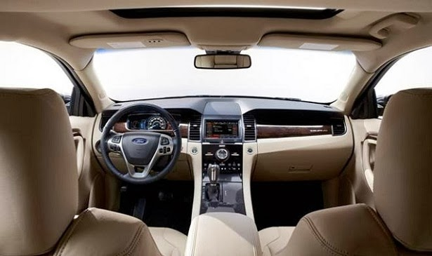 2015 Ford Taurus SHO Interior