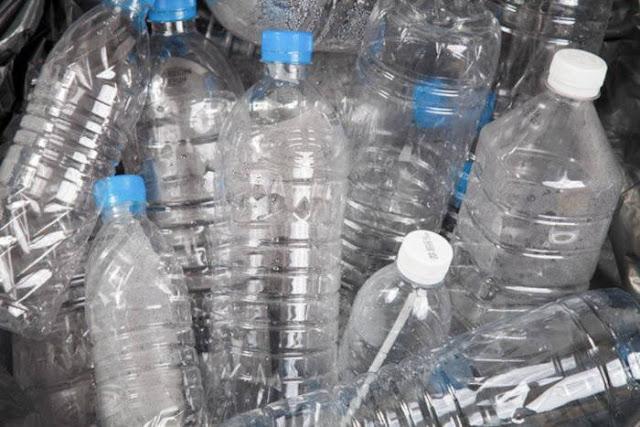 Kekhawatiran Bakteri untuk Menggunakan Kembali Botol Air