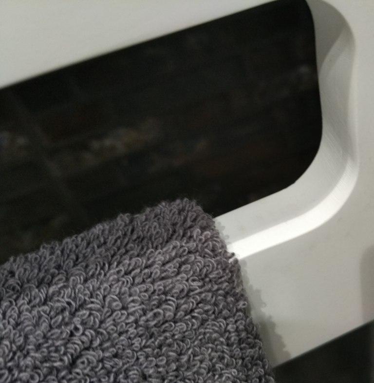 toallero lavabo corian gratis precio