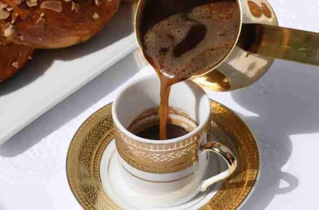"""Η άγνωστη σύνδεση του """"ελληνικού"""" καφέ με την πτώση της Οθωμανικής Αυτοκρατορίας;"""