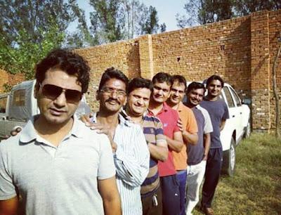 Nawazuddin Siddiqui with brothers