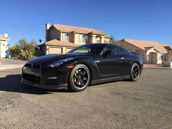 2013 Nissan GTR Black Edition