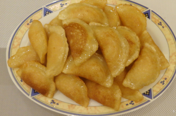 Atayef With Cheese (Arabic Version of Pancake Filled With Cheese)
