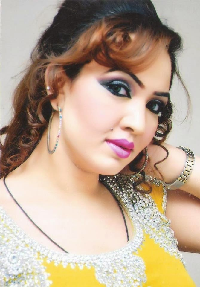 Pakistani Hot Mujra Indian Desi Girl Live Grama Gram -5325