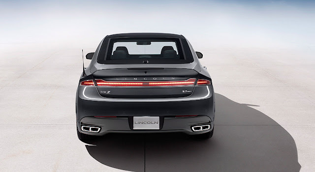 Lincoln MKZ 2013 back